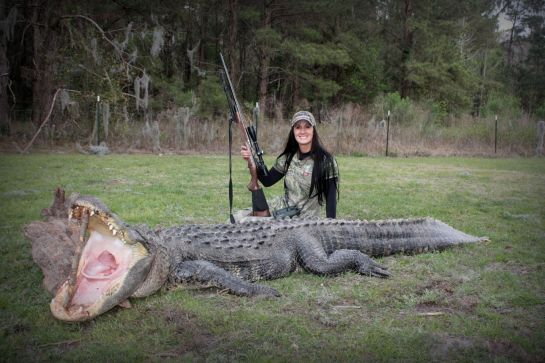 Melissa Bachman and a cuddly friend.